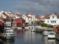 Grundsund (simo2582) Tags: county trip panorama travelling port landscape island coast harbor boat fishing fisherman reisen europe sailing view sweden harbour insel sverige scandinavia blick scandinavian reise bohusln lysekil svezia bohuslan grundsund vstra skaft gtaland flickrstruereflection1 flickrstruereflection2 flickrstruereflection3