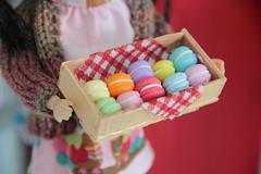 Mini Macarons! <3