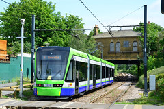 Tramlink 2558 on route 4 (John A King) Tags: woodside tramlink 2558 route4