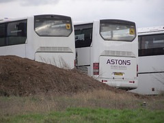 Astons Coaches YN06 FTU (<3 Astons Coaches) Tags: rear depot coaches astons neoplan ftu yn06 n316shdl yn06ftu