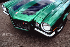 One Mean Greenie (Hi-Fi Fotos) Tags: camaro z28 green 70s american musclecar racing stripes hood chrome split bumper shiny nikon d5000 hififotos hallewell chevy chevrolet