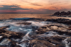 Flowing (Mat Viv) Tags: canon canon760d canont6s 760d t6s canoneos760d canoneost6s samyang samyanglens wideangle longexposure sun sunset dusk sea sunlight twilight outdoors livorno boat tuscany calafuria italy travel view horizon rocks movement flowing waves