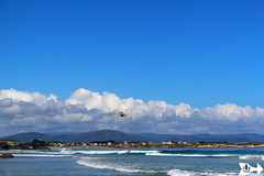 Waves, Clouds and a Plane (Federico Boaretto) Tags: spain ascatedrais beach sea lowtide aeroplane plane coast waves clouds