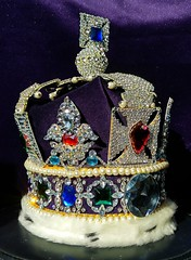 The Imperial State Crown , The Crown Jewels , Tower of London , Great Britain , copy fake faux replica (chriscarr49) Tags: imperial state crown the jewels tower london united kingdom great britain her majesty queen coronation copy fake faux black princes ruby stuart sapphire edward cullinan 2 ii jewel kohinoor spinel royal replica fakes copies star africa