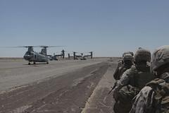 120416-M-PW854-004 (MAWTS1) Tags: usa usmc marine az 34 ch46seaknight kilocompany mv22osprey ast1 aux2 3rdbattalion4thmarineregiment mawts1 marineaviationweaponsandtacticssquadronone assaultsupporttactics1 mawts1combatcamera sgtrichardatetreau wti212 weaponsandtacticsinstructorcourse212