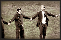 PEP GUARDIOLA-TITO VILANOVA-BARA-FC BARCELONA-ENTRENADOR-ENTRENADORES-CAMPEONES-FOTOS-ERNEST DESCALS (Ernest Descals) Tags: pictures barcelona news game history sports sport photo coach spain play thankyou emotion gracias soccer noticias catalonia fotos end deporte catalunya goodbye juego futbol homage campeonato campnou bara fcbarcelona copa historia trainer noucamp champions partido deportes campeon campeones entrenador adios sardana simbolos gracies liga homenaje celebracion guardiola pancarta emocion messi sardanas campions titulos supercopa mundialito aficion partidos iniesta futbolistas adeu mascherano victorvaldes ligaespaola carlespuyol entrenadores pedrorodriguez danialves alexissanchez pepguardiola xavihernandez gerardpique ernestdescals barcelonistas titovilanova sergiobusquets
