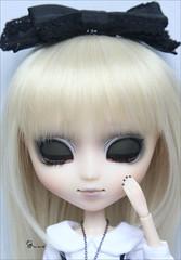 Seila ~ eyelids details (AninhaDias) Tags: doll gothic makeup plastic lolita groove pullip boneca avril eyelids plstico seila junplanning clearlan