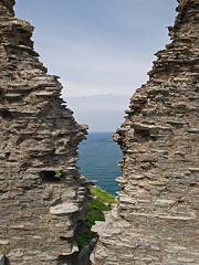 Out to sea (JmGpHoToS) Tags: k tintagel