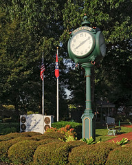 8:10 (bhophotos) Tags: usa clock geotagged nikon tn memphis tennessee flags townsquare collierville midsouth veteranmemorial d700 2470mmf28g bruceoakley