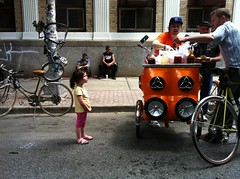 Snow Cone Trike ( Piragua ) and Captivated Audience (CaptainDisko) Tags: bike bicycle brooklyn bikes bicycles williamsburg biketrip cargobike workbike piragua bikeparking biketravel bikenyc cargobikes workbikes cargotrike pimpmypiragua