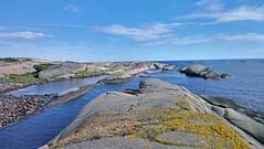 cameraphone sea seascape norway landscape norge hiking... (Photo: la1cna on Flickr)