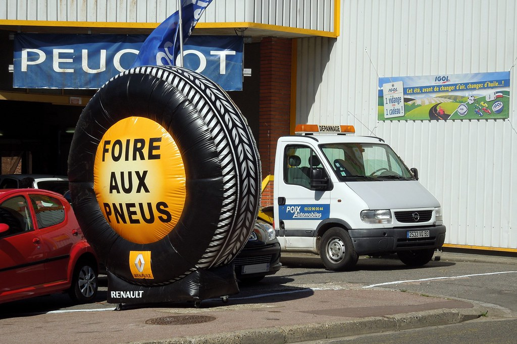 The world 39 s best photos of d pannage and garage flickr for Garage renault rosieres aux salines
