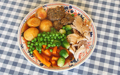 "Sunday Roast Dinner with Hello Kitty shaped stuffing ""balls"" (Jay Tilston) Tags: hello food orange green chicken dinner stuffing table sunday kitty roast meal carrot peas sprouts"