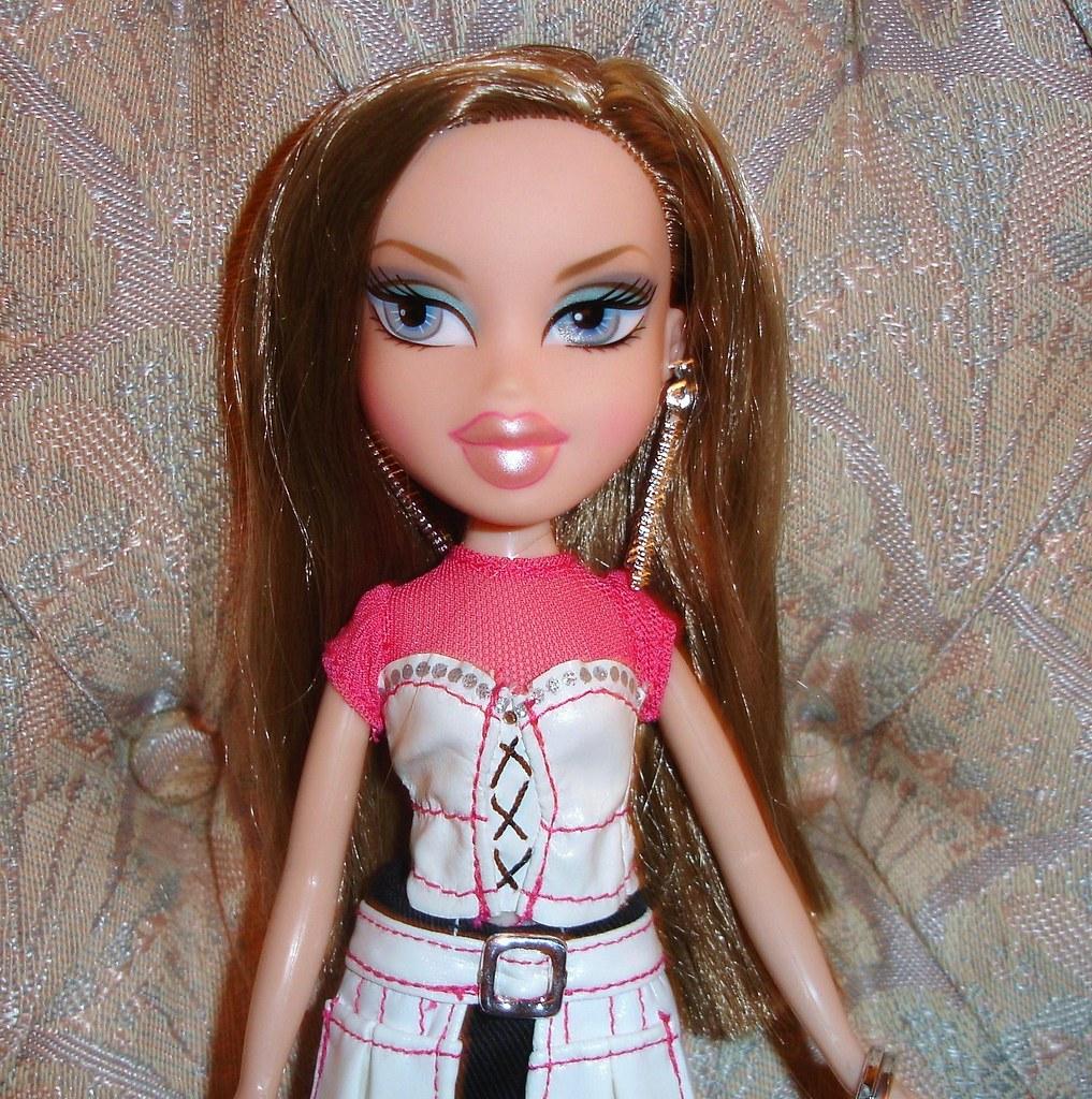 Bratz fashion stylistz leah M: Bratz Fashion Stylists Make Up Stylist Cloe: Toys