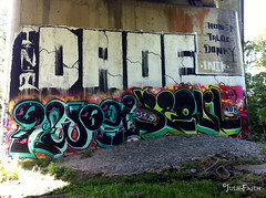 DAOE Wall (JulieFaith) Tags: graffiti graf ini seoul donky aub daoe photograffiti honek 3ek daoewall qwozi