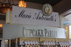 Marie Antoinette's Cupcake Parlor (blackthorne56) Tags: marie oregon dot cupcake astoria com suite parlor bankers antoinettes
