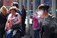 Kings Cross (Che-burashka) Tags: street people london candid smoke smoking omd em5 olympus1250mmf3563