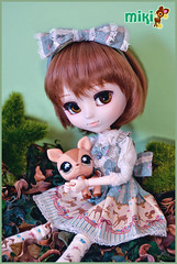 Miki loves deers~* (Suki) Tags: brown mami deer groove shorthair pullip miki tomoe