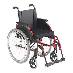 Χειροκίνητο αναπηρικό αμαξίδιο Invacare Action 3