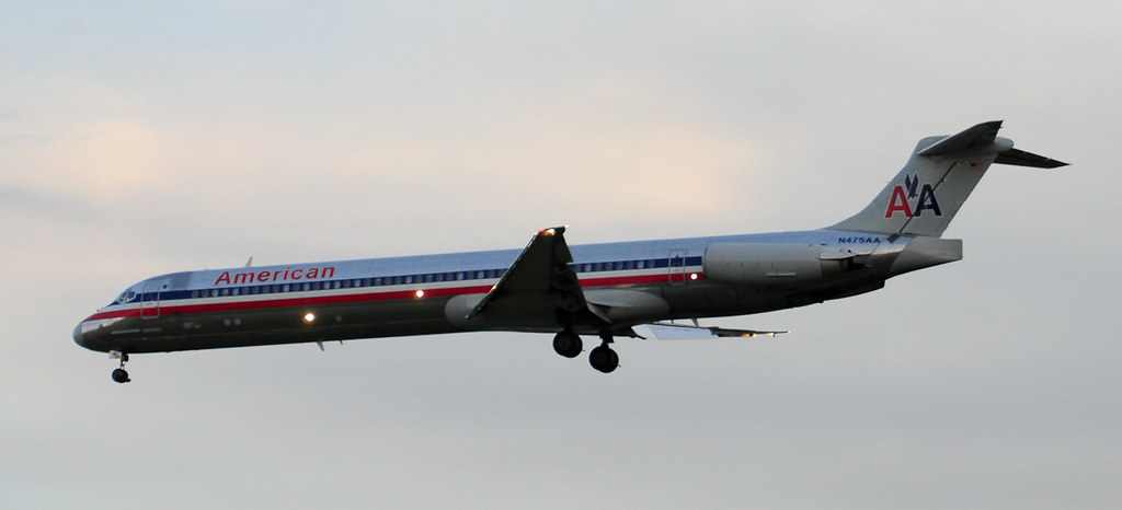 AA Mad Dog 82 @ SAT by JL Johnson | AviationGeek.net, on Flickr