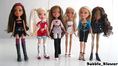 Bratz Thrift Store Haul (Bubble_Blower) Tags: winter snow beach fashion diamonds store dance play sweet soccer 4 tennis jade thrift passion sasha forever yasmin dynamite finds dreamz treasures bratz cloe nevra sportz diamondz treasurez