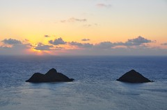 Dawn Above N Mokulua (XJCreations) Tags: sunrise hawaii oahu hiking lanikai bunkers pillboxes kawiaridge
