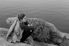 NUNCHI. Capacidad para leer el estado emocional de otras personas (Lucia Cortés Tarragó) Tags: mallorca monitors change mountain canon canon100d adventures girl frágil serenidad