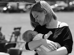 Mother & Baby, Cantigny Park. (EOS) (Mega-Magpie) Tags: canon eos 60d outdoors outdoor mother baby child arms safe beatuiful cute love lovely grace heart peace care smile woman people person lady cantigny park wheaton dupage il illinois usa america bw black white monochrome mom family