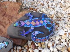 Lizzie (Poppins Mosaics and Crafts) Tags: stone mosaic lizard slate