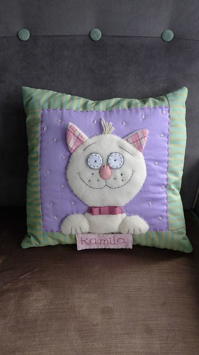 "Pillow • <a style=""font-size:0.8em;"" href=""http://www.flickr.com/photos/35733879@N02/7400690154/"" target=""_blank"">View on Flickr</a>"
