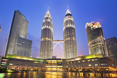 Petronas Twin Tower (Kenny Teo (zoompict)) Tags: petronastwintower