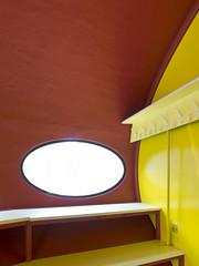 Futuro House Closet (ken mccown) Tags: house home architecture espoo suomi finland plastic futurohouse prefabrication mattisuuronen espoomuseumofmodernart