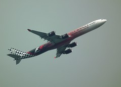 Etihad Airways A6-EHJ (kenjonbro) Tags: uk england f1 airbus etihadairways etihad se10 a340642 kenjonbro a6ehj cn933 royalgreenwich fujifilmfinepixhs10 fujihs10 abudhabigrandprix2012