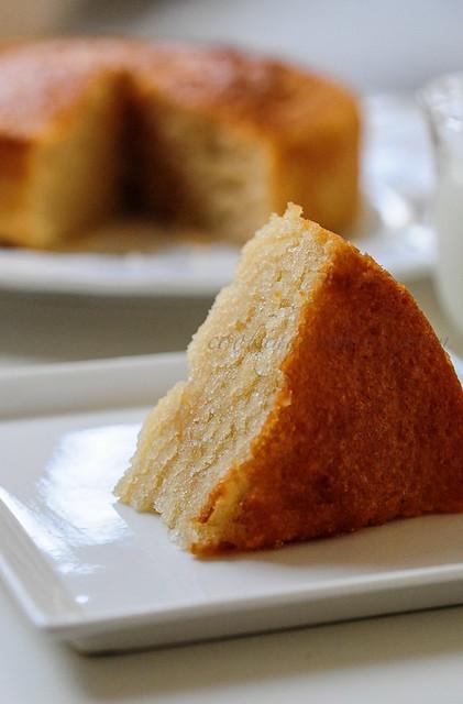 Eggless Vanilla Cake | Eggless Sponge Cake Recipe