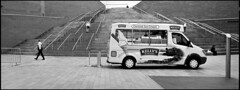 Cornish Ice Cream (*monz*) Tags: street blackandwhite bw streets film ice stairs liverpool kodak pavement walk iso400 trix steps cream rangefinder stairway 150 hasselblad icecream sit pedestrians handrail van rodinal xpan f4 45mm kellys bollard 20c csf monz 13m autaut centrespotfilter autayt