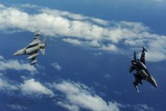 120730-F-XT249-055 (U.S. Pacific Fleet) Tags: usa hawaii unitedstates charleston f16 robertson hickam combatcamera rimpac 144fw jointbasepearlharborhickam