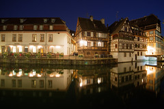 Strasbourg (Bruno MATHIOT) Tags: nuit alsace france french reflets reflections eau water blue bleu night strasbourg city ville tourisme eos canon 1020mm 760d trpied long expose pose longue house maison ultragrandangle wideangle