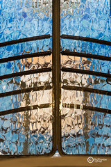 Creativity (sirixception) Tags: spanje spain barcelona lijnen lines gaudi lift elevator licht light glas glass deur door casabatll