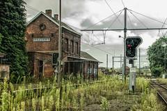 gare clabecq-5 (Emile Kympers) Tags: abandonnedstation gareclabecq neutraldensity oldstation