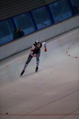 A37W7083 (rieshug 1) Tags: speedskating schaatsen eisschnelllauf skating nkjunioren knsb nkjuniorenallroundafstanden afstanden allround 50010001500massstart demeent alkmaar sportcomplexdemeent juniorenc ladies dames 500m