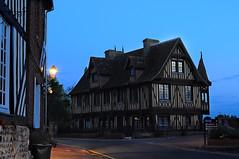 Francia 2016, Beuvron-en-Auge (floroyaleph) Tags: beuvronen auge beuvronenauge hora azul blue normandie village villages country plus beaux france
