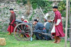 "Vitzek egy ""seregbontval"" (Pter_kekora.blogspot.com) Tags: kszeg 1532 ostrom magyaroroszg trtnelem hbor ottomanwars 16thcentury history siege castle battlereenactment hungary 2016 august summer"