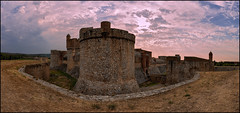 SALSES-LE-CHTEAU . (LANGUEDOC - ROUSSILLON) (TOYOGRACOR) Tags: castillo castel fortaleza roussillon france francia pirneesorientals salseslechteau languedoc midipirnees murallas chteau donjou foss corbierres viadomitia panoramica canon explore mygearandme mygearandmepremium mygearandmebronze mygearandmesilver lanscape abigfave anpegon mywinners nwn panorama flickr dof flickrdiamond panoramafotografico galaxy windmills platinumheartward bej fav50 fav100 godlovesyou fotos arquitectura edificio