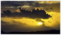 Paraso gallego (DurKeN) Tags: sunset sony paisaje puestadesol manualfocus vigo anochecer nex