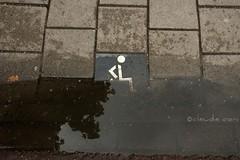 Ohps! (cocciula) Tags: amsterdam pioggia viaggio olanda pozzanghera