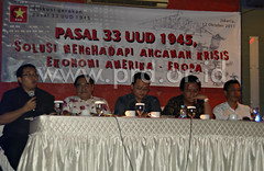 "Diskusi GNP33 PRD tentang krisis global • <a style=""font-size:0.8em;"" href=""http://www.flickr.com/photos/81336007@N04/7465091962/"" target=""_blank"">View on Flickr</a>"