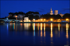 Avignon - blue hour (leuntje (on tour)) Tags: bridge france reflections gothic rhne medieval unescoworldheritagesite unesco bluehour provence avignon palaisdespapes citywall vaucluse pontdavignon pontsaintbnezet ledelabarthelasse