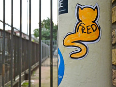 Fred (Akbar Sim (too busy)) Tags: streetart holland netherlands sticker stickerart nederland denhaag fred catnip thehague straatkunst streetstickers plakart akbarsimonse akbarsim