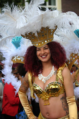 Sommerkarneval 2016, Rotterdam, 565 (Andy von der Wurm) Tags: zomercarnaval 2016 juli july sommerkarnveval carnaval karneval carneval carnival rotterdam niederlande netherlands nederland holland zuidholland sdholland southholland suedholland europa europe boy girl male female teen twen teenager sexy pretty beautiful hbsch farbig farbenfroh bunt colorful colourful costumes kostme kostueme portrait streetphotography strassenfotografie people menschen outdoor latina latino performer costume