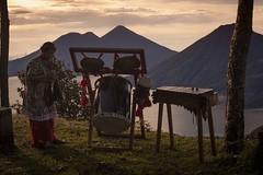 danza_40 (edyn81) Tags: nia mujer trajeindigena maya atitlan mirador folclor guatemala traje blusa corte